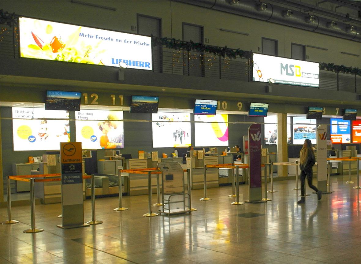 Wie ist der Lufthansa Service? Unteridisch!